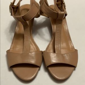 Shoes - Nine West Tan Sandal Sz 6.5